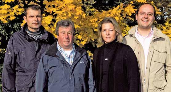 Das Führungsteam im PFRV (v.l.) Die beiden Reitlehrer FN Jörg Beerhenke und Michael Walter, Schriftführerin Nanni Rösch und Präsident Christian Kraus (Foto: Reiterjournal)